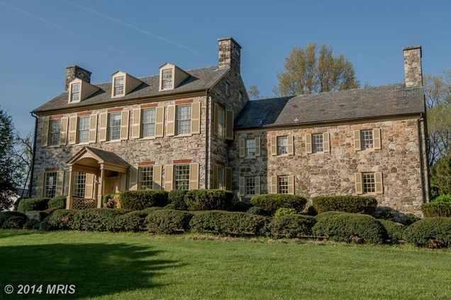 بالصور.. 11 قصرًا بالولايات المتحدة يقل سعرها عن مليون دولار