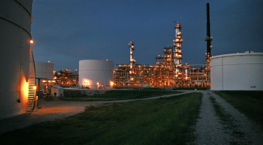 1e883b26 d272 463e acff 4bb8f02e8a26 - 5   أسباب تفسر عدم ارتفاع أسعار النفط