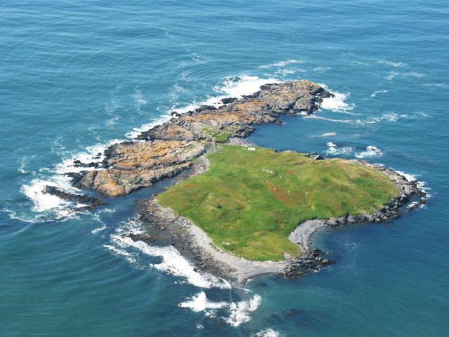 بالصور: خمس جزر خاصة يمكن شراؤها بحوالي 200 ألف دولار أو أقل