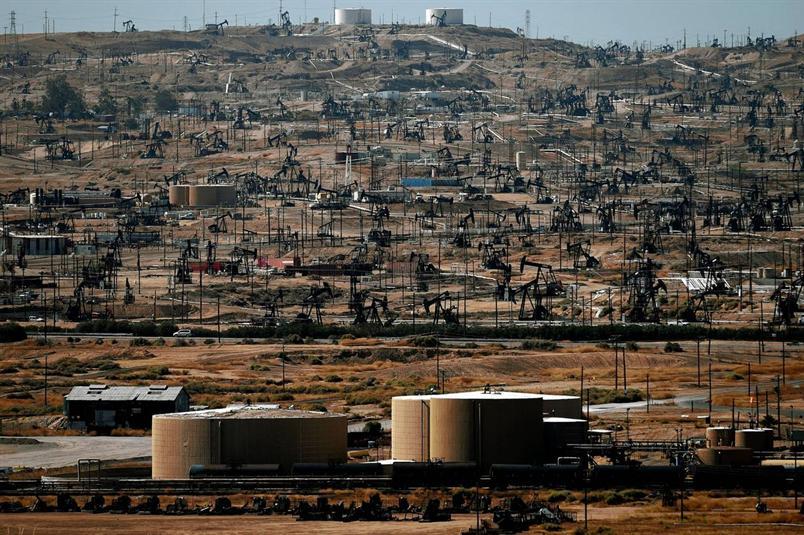 لماذا تتباين بيانات إنتاج النفط في الولايات المتحدة؟