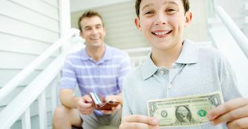 5 كلمات مالية يجب تعليمها للأطفال منذ الصغر